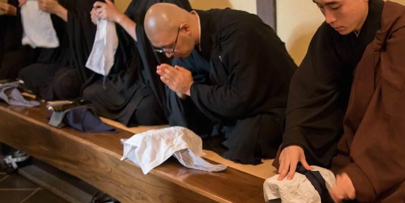 Le début des repas des moines zen