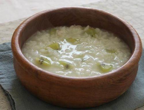 Gruau de riz aux kiwis