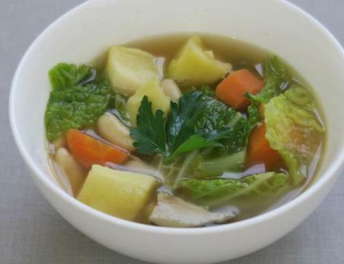 Soupe complète aux légumes et aux haricots blancs